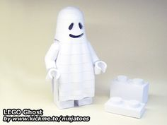 Posts about LEGO written by ninjatoes Lego Halloween, Legos, Free Paper Models, Lego Castle, Paper Crafts, Printables, 3d Animation, Wordpress, Harry Potter