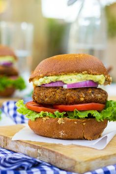 Smokey Sweet Potato, Black Bean & Brown Rice Veggie Burgers with Curry Cilantro Mayo. This might just be the best veggie burger you have ever eaten! Brown Rice Veggie Burger Recipe, Vegan Veggie Burger, Vegan Burgers, Veggie Burger Recipes, Burger Ideas, Veggie Diet, Veggie Tray, Sandwiches, Best Vegetarian Recipes