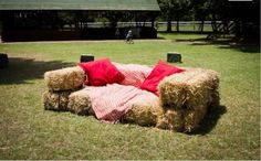Hay Bale Sofa. You could use elegant pillows and soft fabrics. Put a few around the venue for people to lounge. Rustic.Woodland Wedding.Organic.Creative