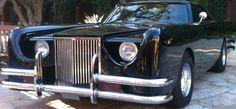 La voiture maléfique est une Lincoln Continental Mark III Barris Kustoms 1971. C'est une voiture de film de Enfer Mécanique ou The Car 1977.