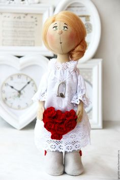 Купить или заказать Любовь. Текстильная коллекционная кукла. в интернет-магазине на Ярмарке Мастеров. Люба-Любовь. Нежная, трепетная. Настоящая! :) Куколка интерьерная, одёжка не снимается. Стоит самостоятельно.
