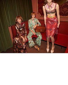 Gucci Spring Summer 2016 collecti briefcase with a GG closure. Tul l'oeil deta double platform T-s and Gucci Fashion, Look Fashion, Fashion Art, Editorial Fashion, Runway Fashion, High Fashion, Fashion Beauty, Womens Fashion, Fashion Design
