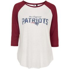 Patriots Raglan Top by Tee and Cake ($32) ❤ liked on Polyvore featuring tops, long sleeve tops, cream, sleeve top, cream top, topshop tops and raglan top