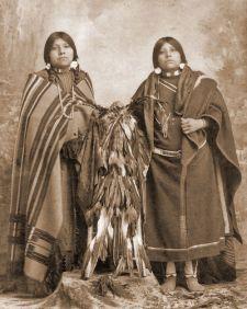 Shoshone Women, 1920. Photo courtesy of the Idaho Historical Library.