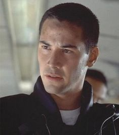 Google Image Result for http://images2.fanpop.com/images/photos/3200000/speed-keanu-reeves-3222278-355-400.jpg