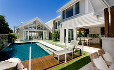 Pool house next to pool and kitchen opening to pool as well. Southport Residence by BGD Architects 02 Outdoor Areas, Outdoor Rooms, Outdoor Living, Cabana, Weatherboard House, Queenslander, Dream Pools, Pool Houses, Beach Houses