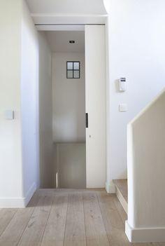 Realization Bouw-Id, Merelbeke - Belgium Architecture Details, Interior Architecture, Porte Design, Entry Stairs, Interior Barn Doors, Floor Design, Wooden Flooring, Wood Doors, Decoration
