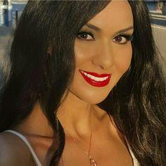 Lipstick  Colour Janet Buzz Worthy / Philadelphia  Credit: Celebrity Makeup Artist / Beauty Blogger @danbayu Model: @elizabethbayu