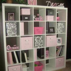 White blk pink bedroom