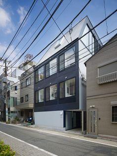 XYYX Apartment by Naf Architect & Design