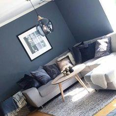 Bilderesultat for ygg og lyng fender Couch, Furniture, Home Decor, Settee, Decoration Home, Sofa, Room Decor, Home Furnishings, Sofas
