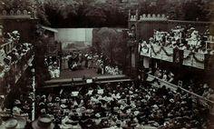 """Alte Aufführung von """"Madame Butterfly"""" in der Sommerarena – um 1901."""