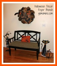 I love how our foyer bench is all decked out so when we open the door for trick or treaters the Halloween spirit will totally shine through! How to Organize Halloween Decor | gomominc.com