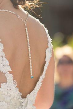 Etwas Blaues: in der Halskette - sehr dezent