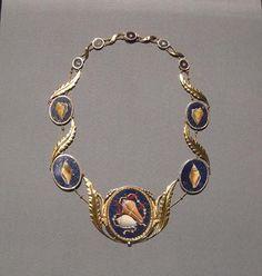 Collana in oro con mosaico di pietre dure realizzata in Toscana regalo di Elisa Baciocchi alla sorella- Metropolitan Museum