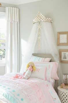 One could argue pastel colors are meant to be used in nurseries or kids rooms, but you are about to see how these wall paints, wallpapers, pillows, beds and even kitchen appliances can look great at your place. Take for instance kitchens, retro kitchens are in, and with those pastel tiles and mugs can pull the vintage look together. Pastel pink or blue for your bedroom, regardless of gender, do look great too, as pastel hues work wonders in making a room more relaxing and cozy. Bedroom Themes, Bedroom Wall, Bedroom Decor, Bedroom Ideas, Master Bedroom, Bed Room, Bedroom Furniture, Royal Bedroom, Bedroom Brown