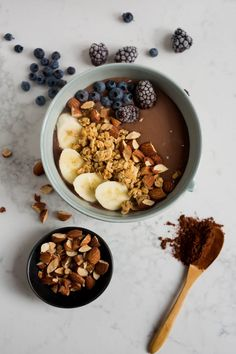 Bol déjeuner tofu choco amandes - K pour Katrine Tofu Smoothie, Smoothie Bol, Tofu Breakfast, Healthy Breakfast Smoothies, Breakfast Time, Breakfast Recipes, Food Goals, Vegan Sweets, Sweet Desserts