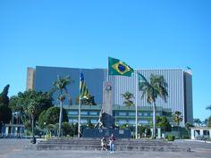 Palácio Pedro Ludovico Teixeira, Palácio das Esmeraldas, Monumento às Três Raças - Praça Cívica, Goiânia - Brasil