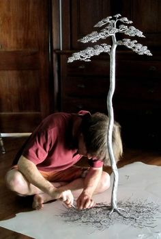 """Funky Metal Trees"" are painstakingly made with aluminum alloy wire by Kaitrees."