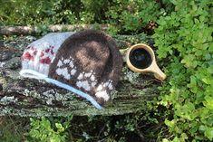 Ravelry: Villmarksluen pattern by Linka Karoline Neumann Knit Crochet, Crochet Hats, Ravelry, Headbands, Knitted Hats, Baseball Hats, One Piece, Wool, Knitting