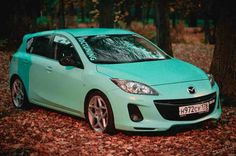 get a cool paint job Mazda Hatchback, Mazda 3 Hatch, Mazda Cars, Car Mods, Love Car, Car Painting, Car Wrap, Sporty Style, Fast Cars