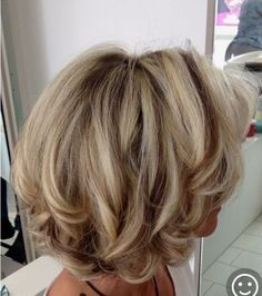 Popular Short Haircuts and Hairstyles for Thick Hair – Page 2 – Hairstyle layeredhaircutsforwomen Layered Haircuts For Women, Popular Short Haircuts, Short Hairstyles For Thick Hair, Short Hair Cuts, Hairstyles Men, Stylish Hairstyles, Layered Bob Hairstyles, Curly Short, Boy Haircuts