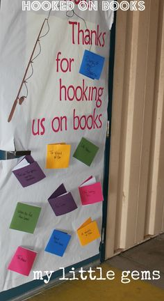 teacher appreciation door decorating idea - hooked on books
