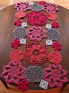 Crochet table runner pattern