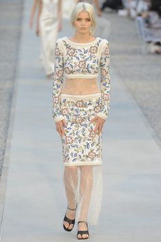 See the complete Chanel Resort 2012 collection.