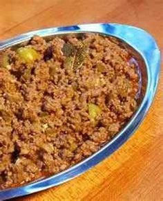 Authentic Cuban Picadillo. Very versatile. Make a big batch and freeze it for a fast dinner or to use in other recipes. Cuban Dishes, Beef Dishes, Comida Latina, Plats Latinos, Cuban Picadillo, Picadillo Recipe, Comida Boricua, Cuban Cuisine, Good Food