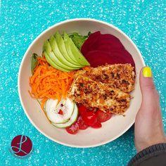 Vegan Bowl By www.livelifenutrition.net #vegan #plantbased #tofu #veganbowl #veggiebowl #veganlunch #easyrecipe #healthy #healthylunch #easylunch #bowls