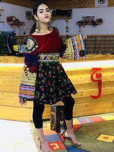 Lovely Dresses, Simple Dresses, Kurta Designs, Blouse Designs, Afghani Clothes, Short Frocks, Gothic Lolita Dress, Afghan Dresses, Girls Dpz