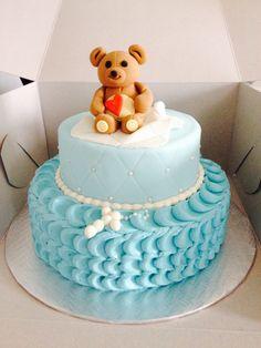Gâteau de baptême (garçon) avec ourson en pastillage/gumpaste Pastillage, Dimitri, Baby Shower Cakes, Yummy Cakes, Birthday Cake, Children, Sweet, Desserts, Inspiration