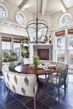 New Kitchen Table Centerpiece Lantern Dining Rooms Ideas Round Dining Table, Dining Room Table, Dining Rooms, Table Bench, Round Tables, Lantern Table Centerpieces, Centerpiece Ideas, Settee Dining, Booth Seating