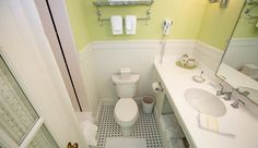 Hotel Iroquois Tower Suite bathroom