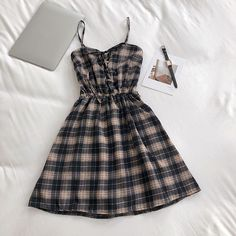 Shop Sexy Trending Dresses – Chic Me offers the best women's fashion Dresses deals Cute Casual Outfits, Girly Outfits, Pretty Outfits, Pretty Dresses, Stylish Outfits, Dress Outfits, Elegant Dresses, Teen Fashion Outfits, Cute Fashion