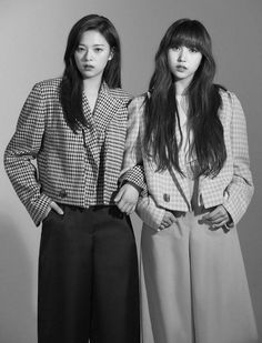 Jeongyeon: Mina, i love you Mina: ʰᵉʰᵉ ᴶᵉᵒⁿᵍᴹᶦ ╭──────•⁂͓֮⿻͚ٞ꙰ •───… #fanfic # Fanfic # amreading # books # wattpad Kpop Girl Groups, Korean Girl Groups, Kpop Girls, Twice Jungyeon, Twice Kpop, My Girl, Cool Girl, Talia, Jihyo Twice