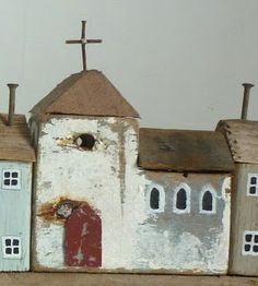 little houses and a church Clay Houses, Ceramic Houses, Miniature Houses, Bird Houses, Wooden Houses, Small Wooden House, Wooden Cottage, Pottery Houses, Driftwood Crafts