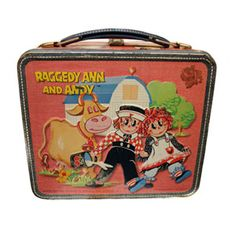 Raggedy Ann and Andy lunchbox.This was my first lunch box! Vintage Lunch Boxes, School Lunch Box, Raggedy Ann And Andy, Eric Carle, Yesterday And Today, Classic Toys, Old Toys, Vintage Toys, Childhood Memories