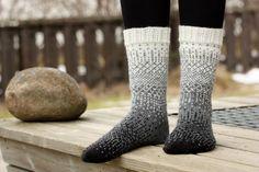 Ravelry: Project Gallery for Dither pattern by General Hogbuffer Crochet Socks, Knitting Socks, Hand Knitting, Knit Crochet, Knit Socks, Knitting Ideas, Dress For Success, Hygge, Leg Warmers