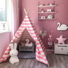 If you want to build a playroom for your kids? This Indian Tent Children Teepee Tent Baby Indoor Dollhouse is the best choose for you! There is no base to the teepee. It would look better if the tent is decorated with a night light. Bed Tent, Teepee Play Tent, Teepee Kids, Teepees, Indoor Outdoor, Outdoor Toys, Outdoor Play, Outdoor Games, Kids Indoor Play