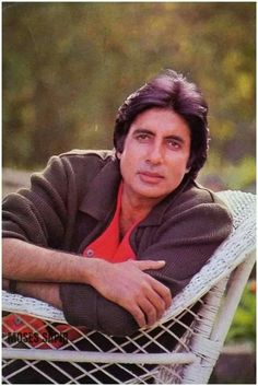 Bollywood Actors, Bollywood Celebrities, Bollywood Pictures, South Indian Film, Vintage Bollywood, Amitabh Bachchan, Beautiful Bollywood Actress, Yesterday And Today, Film Industry