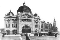 The newly-completed Flinders Street Station, Melbourne Melbourne Suburbs, Melbourne Cbd, Melbourne Victoria, Victoria Australia, Melbourne Australia, Australia Travel, Old Pictures, Old Photos, Transport Hub