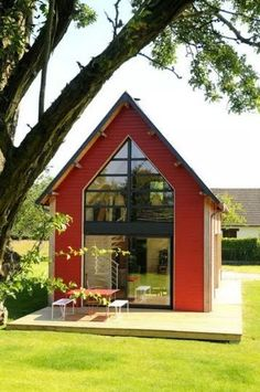 small house design in kerala style with one story lake house floor plans with exterior house paint color with green roof for free house plans for sale - Interior home ideas Tiny House Movement, Loft House, House Floor, Cabins And Cottages, Small Cabins, Modern Cabins, Small Cottages, Tiny House Living, Cottage House
