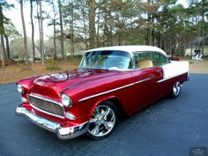 1955 Chevrolet Bel Air Hardtop offered for auction Chevrolet Bel Air, 1955 Chevy Bel Air, 1955 Chevrolet, Chevrolet Trucks, Chevrolet Impala, Muscle Cars Vintage, Vintage Cars, Antique Cars, Ford 2000