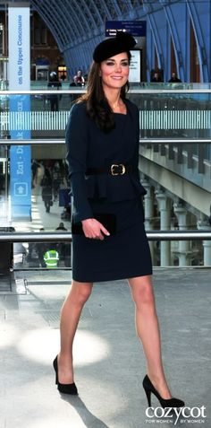 Kate's outfit worn to kick off the Queen's Golden Jubilee celebrations...
