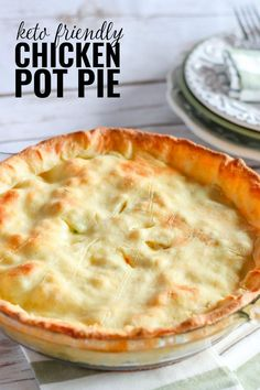 Pie recipes 164099980159520169 - This Keto Chicken Pot Pie has all the flavor of the classic, but with only 7 net carbs per serving, it doesn't pack the carb loaded punch. Source by countrychiccott Ketogenic Recipes, Low Carb Recipes, Diet Recipes, Cooking Recipes, Ketogenic Diet, Dessert Recipes, Radish Recipes, Quick Recipes, Shrimp Recipes