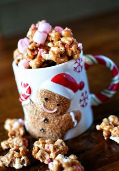 Peppermint Hot Chocolate Caramel Corn | Culinary Concoctions by Peabody