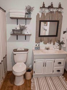 Cheap Home Decor Farmhouse bathroom decor.Cheap Home Decor Farmhouse bathroom decor Rustic Bathroom Decor, Diy Rustic Decor, Farm House Bathroom Decor, Bathrooms Decor, Beach Theme Bathroom, Bathroom Layout, Bath Decor, Bathroom Renos, Remodel Bathroom