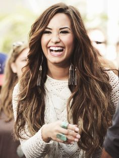 This is what I want my hair to look like! Minus all the highlights. I love them but I won't dye my hair.